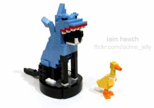 MEGATech Showcase: LEGO Creations and Playsets   roomba cat in shark costume duck lego 600x420 500x350