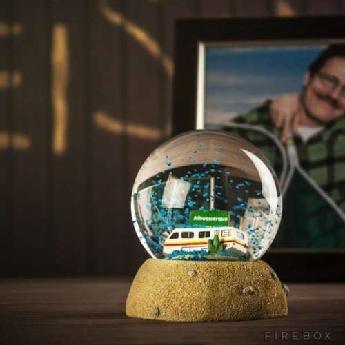 MEGATech Showcase: Last Minute Christmas Ideas   blue sky snow globe 500x500