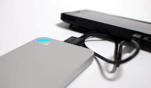 MEGATech Reviews   LUXA2 P2 5000mAh Aluminum Power Bank   luxa2p2 8 500x291