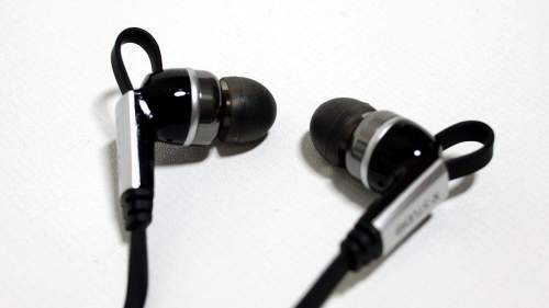 MEGATech Reviews   Rosewill R Studio E 860 Noise Isolating Earbuds   rstudioe860 4 500x281