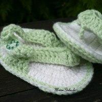 Süße Babysandalen / Flip Flops gehäkelt