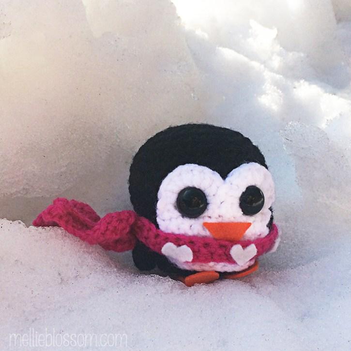Crochet Penguin - mellieblossom.com