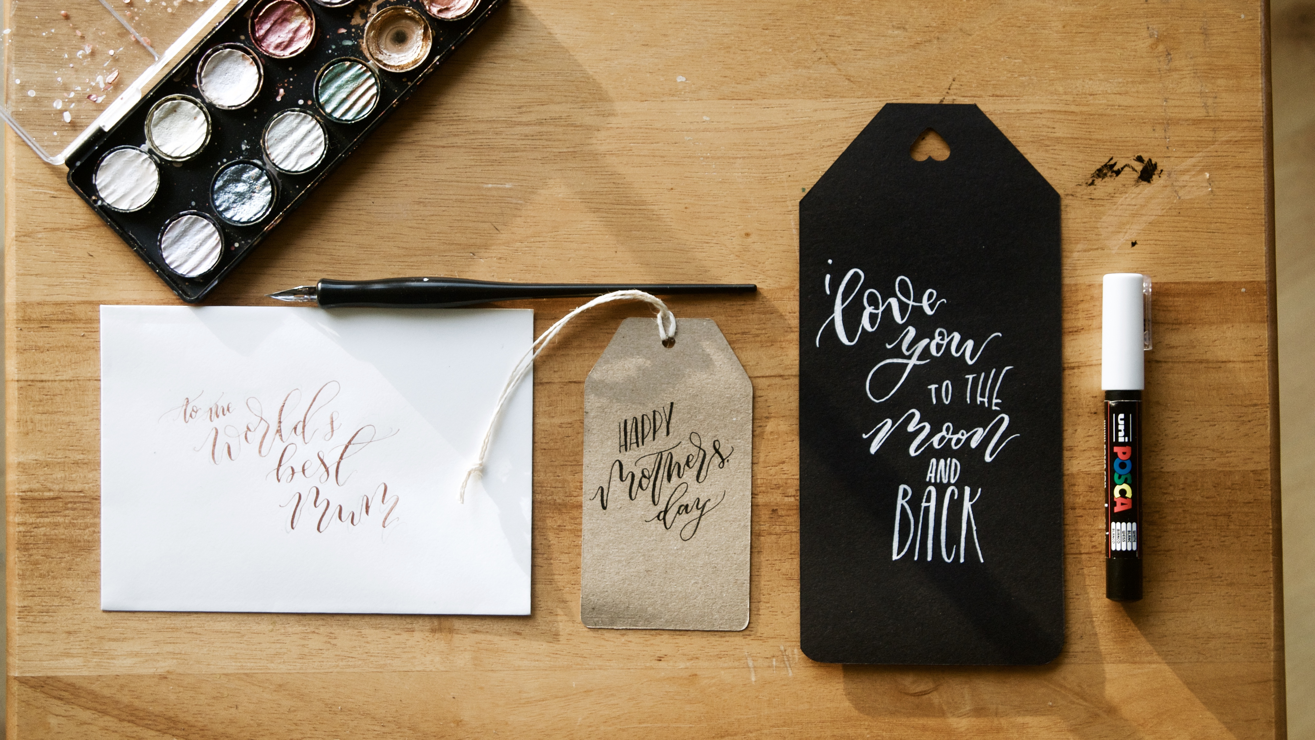 Hand Lettering Artist Polly Mellor of Mellor and Rose in Lancashire