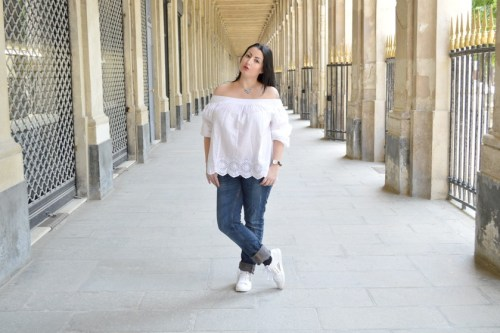 Blog mode melolimparfaite blouse blanche mango dentelle 2 pied
