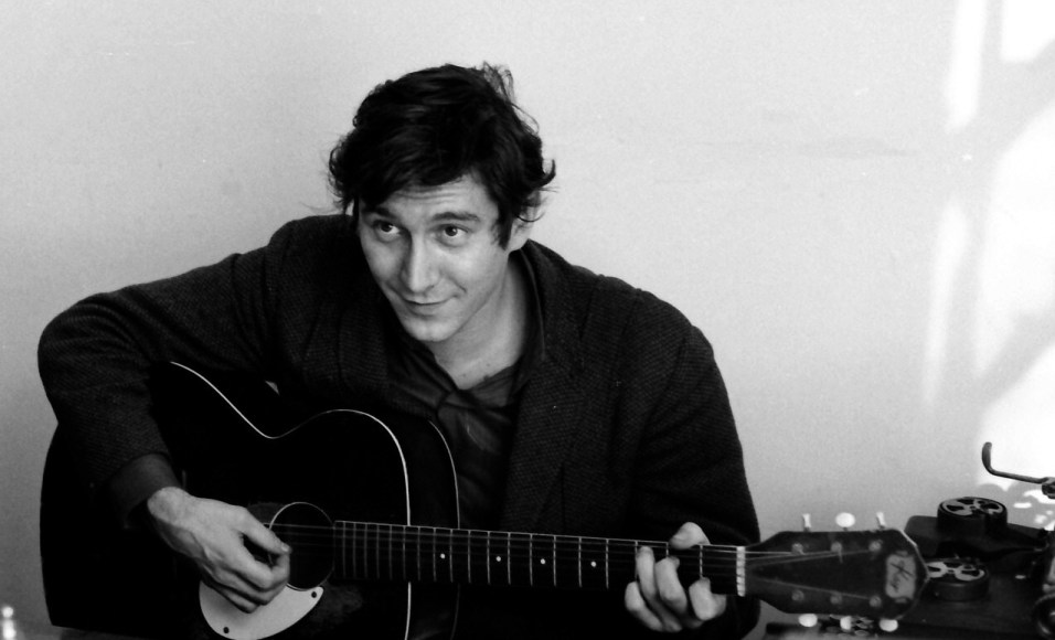 Phil_Ochs-featured
