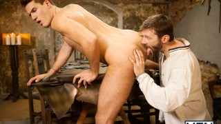 Gay Of Thrones Partie 8 – Dennis West & Theo Ford