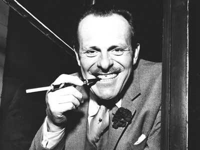 terry-thomas-button-hole