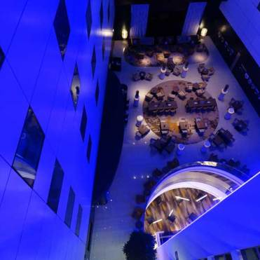 sheraton-airport-amsterdam-stripes-menstylefashion-20-jpg-restaurant