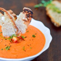 Supa picanta de rosii cu lamaie si chili