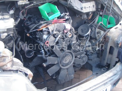 Mercedes Sprinter Diesel Engine - Removal and Replacement (T1N