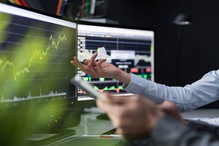 Equity Sales Internship at a Bulge Bracket Bank Recruiting  On the Job