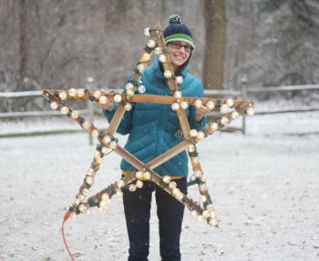 How to make a large outdoor star that can hang in a tree or on your house during the holidays.