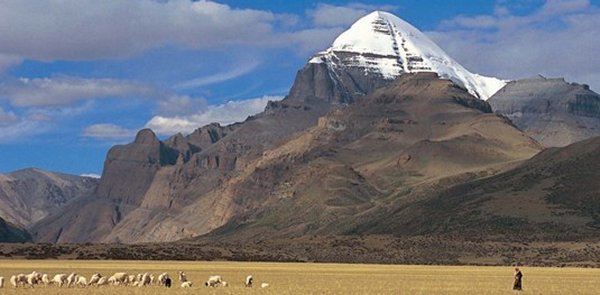 Shiv 3d Wallpaper Mysterious Mount Kailash Secrets Of The Man Made Pyramid