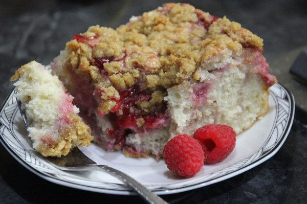 Raspberry Cream Cheese Coffee Cake | Messin' With Perfection