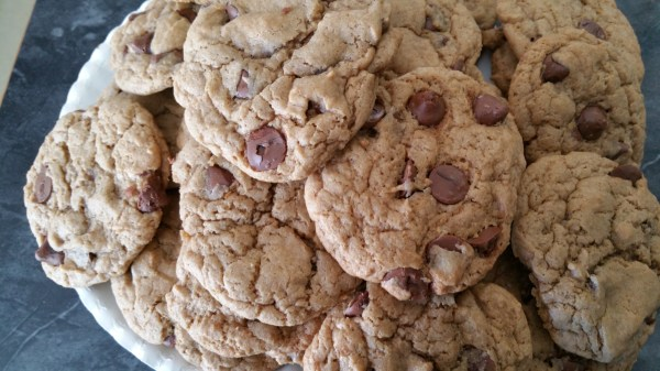 Caramel Chocolate Chip Cookies - Messin' with Perfection