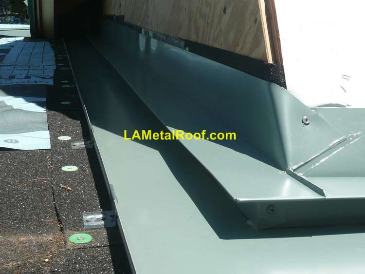 Standing Seam Roofing Installation Guide : How to install a standing seam metal roof diy guide
