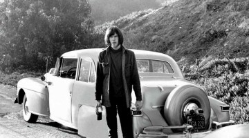 review-neil-young-volante
