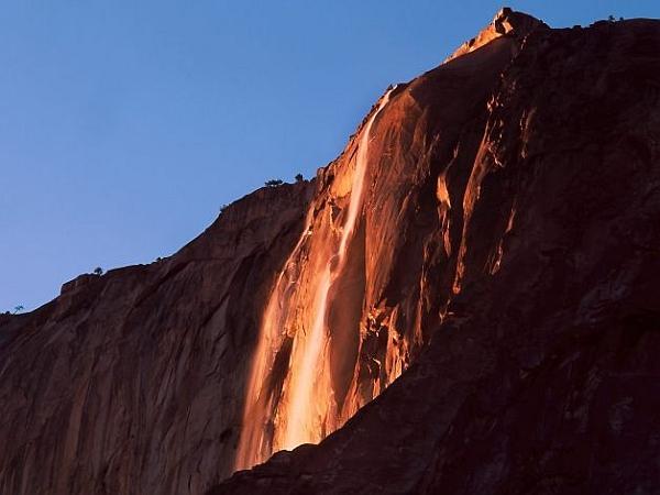Yosemite Lava Falls Wallpaper Quot Cascate Di Fuoco Quot In California Lo Spettacolo Al Parco