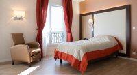 mobilier de chambre maison de retraite - Meuble et ...