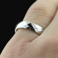 Inexpensive wedding rings: 20th anniversary wedding rings