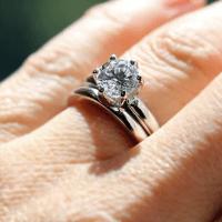 Cool Wedding Ring 2016: Celeb wedding ring sets