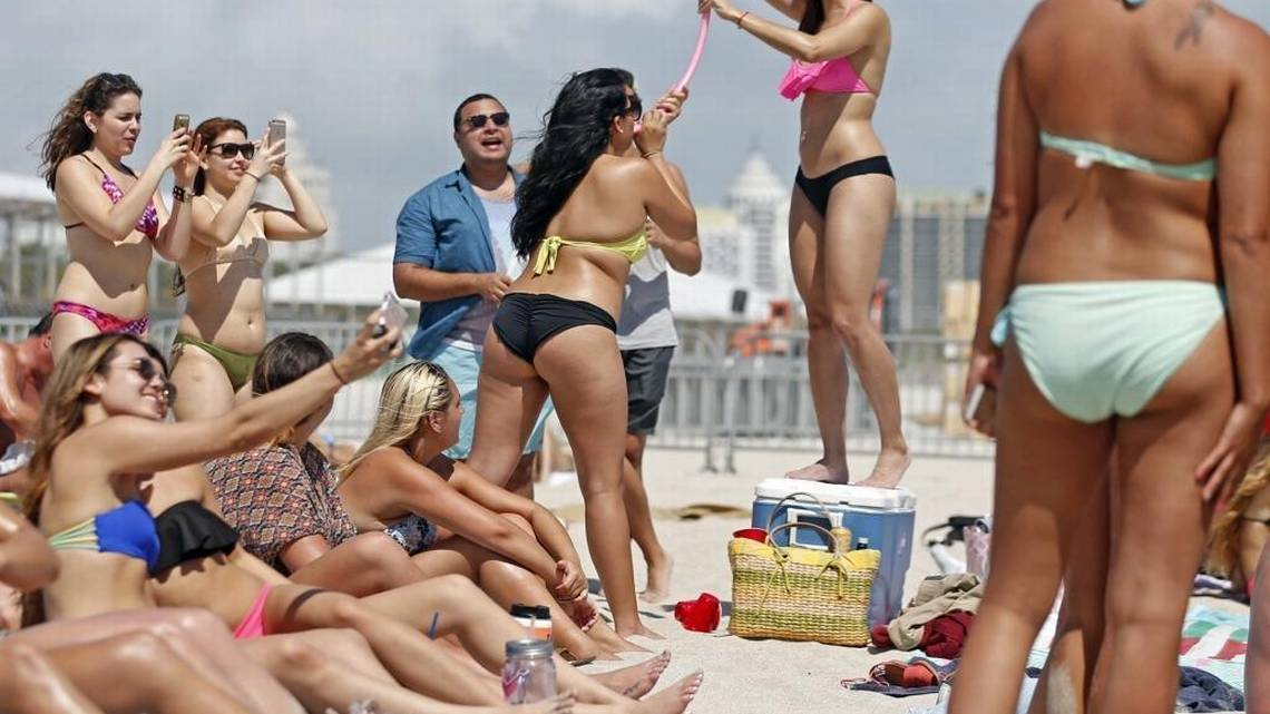 Miami Beach warns college students about spring-break rules Miami