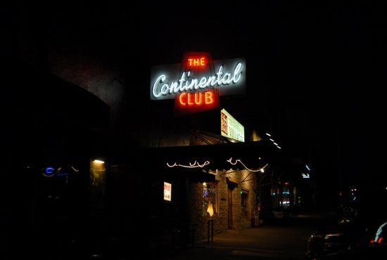 continental-club-austin-tx-usa-nightlife-live-music-live-music-1526087_28_550x370_20111025223257