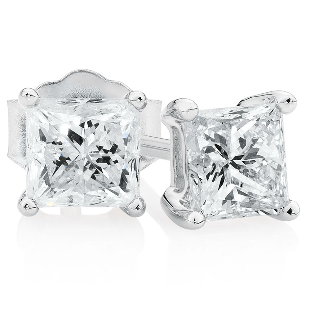 Classic Stud Earrings with 1 Carat TW of Diamonds in 14kt