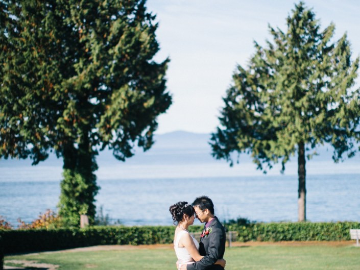 dong and wei's wedding portrait in stanley park