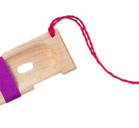 Dizzy yarn gauge