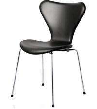 Series 7 Upholstered Chair Fritz Hansen