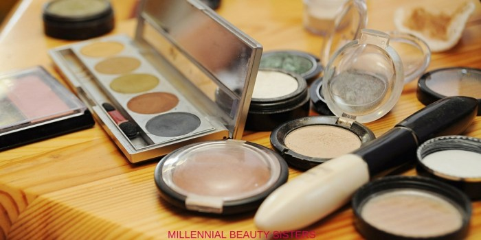 Makeup is expensive. When it breaks, use these tricks to fix broken makeup instead of throwing it away! I've saved my favorite highlighter twice!