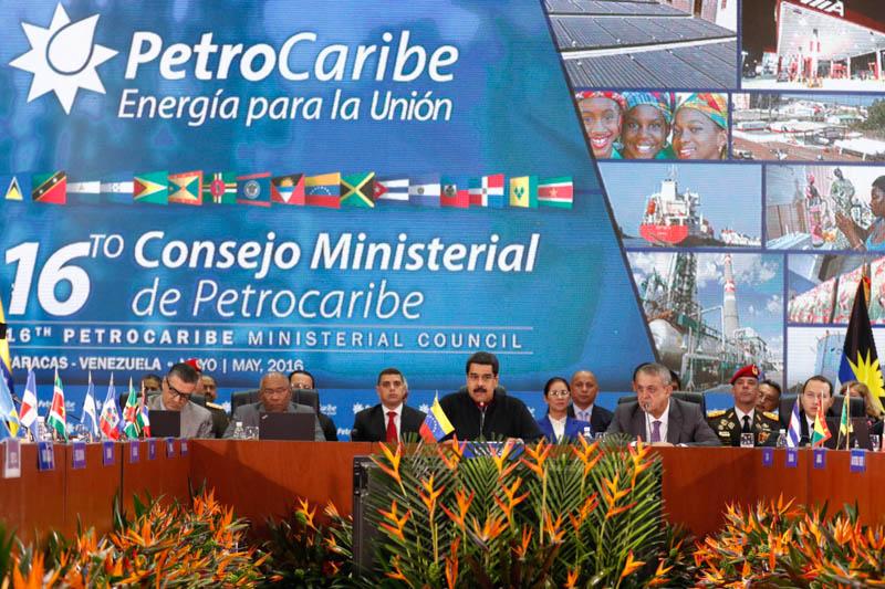 Presidente Maduro agradece al Papa Francisco bendiciones para Venezuela