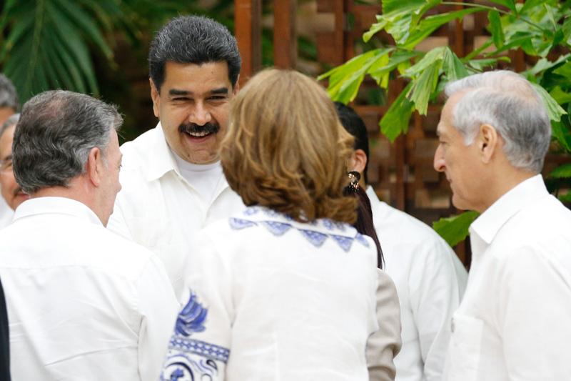 Presidente Maduro satisfecho ante posibilidad de superar conflicto interno en Colombia