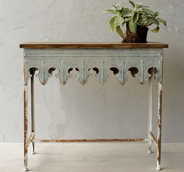 scalloped-edge-metal-table-with-wood-top_1