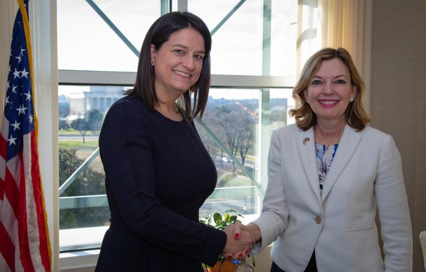Κατά τη διμερή συνάντηση με την Υφυπουργό Παιδείας και Πολιτισμού των ΗΠΑ κα Marie Royce