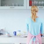 Kako jednostavno i brzo očistiti zagorjele tave i šerpe