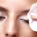 7 lakših i zdravijih načina da skinete šminku sa očiju