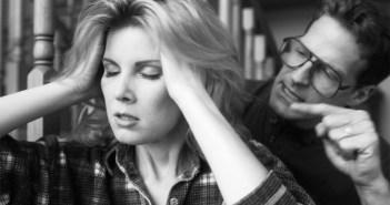 Žena će trpiti svašta_5 znakova emocionalno nasilne veze koju trebate prekinuti