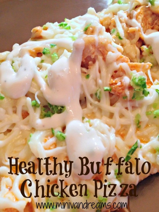 Healthy Buffalo Chicken Pizza | Mini Van Dreams #ticklemytastebuds #tastytuesday #recipes