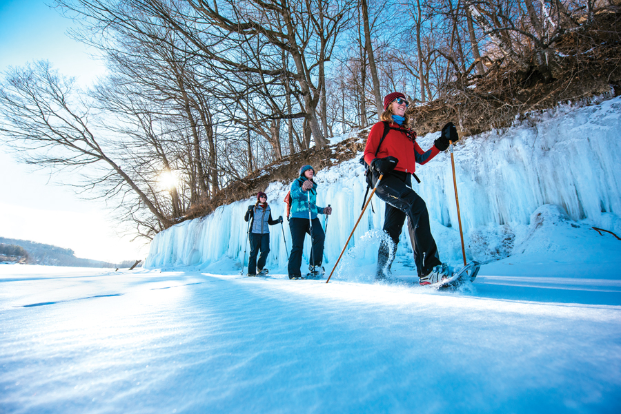 Quick Guide to Snowshoeing Minnesota Monthly