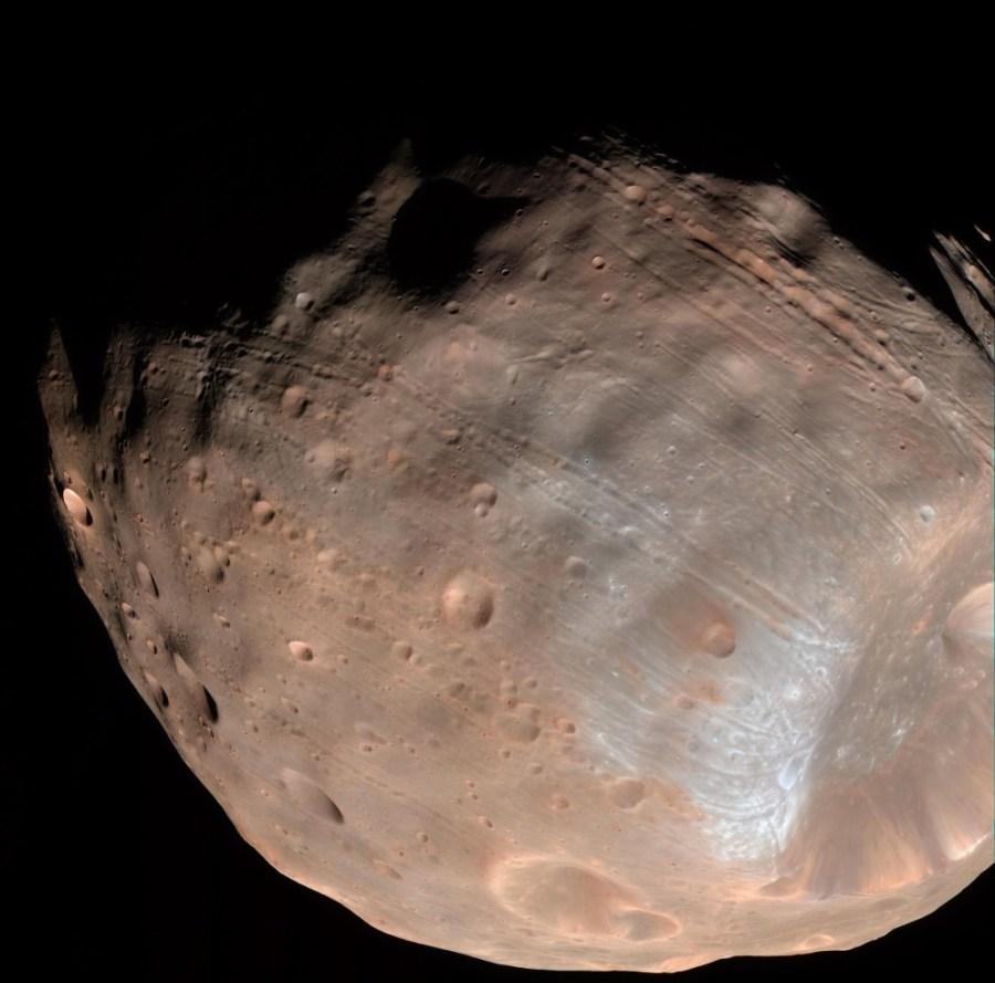 Phobos, una de les llunes de Mart on es proposa aterrar per abaratir despeses / NASA, Caltech