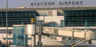 Attentat en Turquie: Explosions et fusillades à l'aéroport d'Istanbul