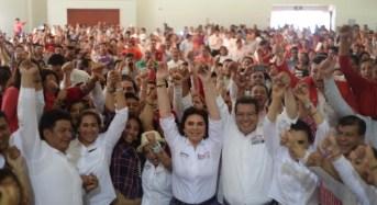 Ivonne Ortega vaticina victoria de Marco Mena en Tlaxcala