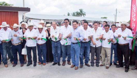 Inauguran muestra ganadera en Tizimín para festejar a la Fundación de la Asociación Ganadera Local