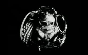 Первые на Луне