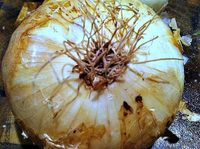 The Root Side of an Onion - How to Correctly Dice an Onion and not cry