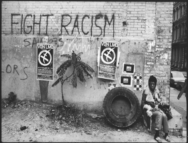 Photo: Fight Racism, White Street, NYC, 1969, vintage gelatin silver print. © Len Speier, courtesy Daniel Cooney Fine Art, New York.