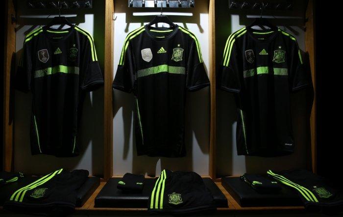España - Away