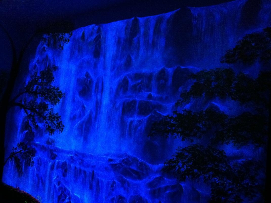 Glow In The Dark Wall Murals dark blue wall paint